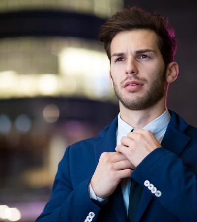 man-wearing-blue-suit-2897883